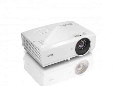 מקרן BenQ MH741 בנקיו Full HD תלת-ממד 3D  מושלם למצגות וקולנוע ביתי 1080P - BENQ